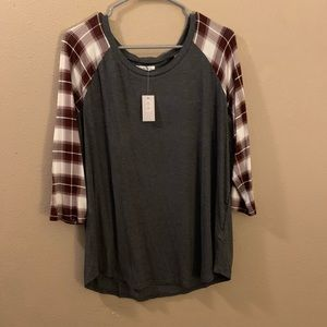 BNWT Maurices 3/4 Sleeve Top!